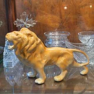 Keramik lion (eropa)