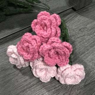 Rose pink , baby pink crochet roses