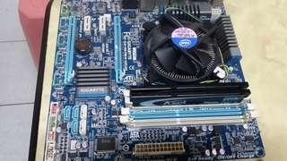 🚚 Core i5 2320 3.0g+board+4gig ram