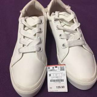 PRICE REDUCED!!! Zara Trafaluc Sneakers Including postage to west Malaysia