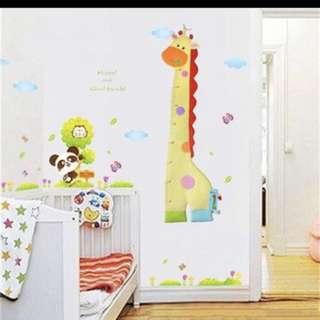 Wall growth chart giraffe