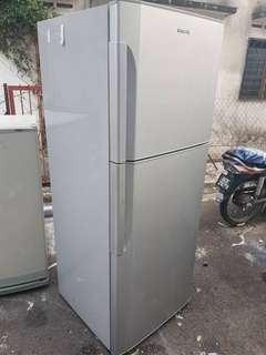 Hitachi Fridge with 2 doors