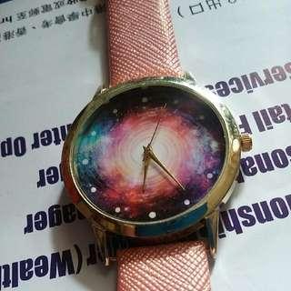 $100 全新星河宇宙太空銀河系圖案手錶 粉色色光令面錶帶手表 金色圓形外框無數字圓點碗錶  Universal Space Pattern Gold Pink Watch / universe cosmos Galaxy Milky Way Watch/ Simple Design Watch