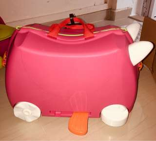 Baby luggage with Ride-on