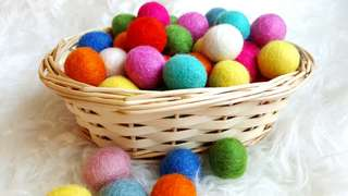 Handmade wool balls for toys and crafts! (50pc)
