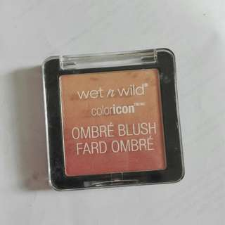 Wet n Wild Color Icon Ombre Blush, shade The Princess Daquiries