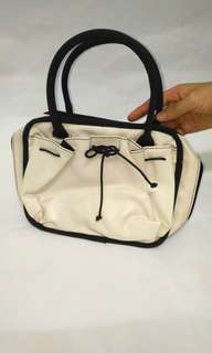 White Makeup Vanity Bag