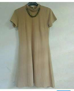 Ashley Collection shift dress with necklace