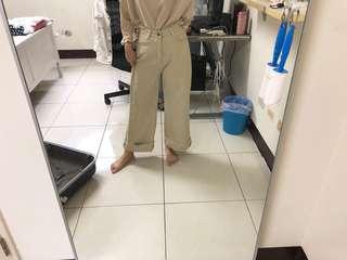 杏色寬褲(衣櫃要爆炸了