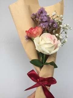 Single Carnation & Rose Bouquet