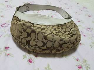 Authentic Coach Shoulder Handbag