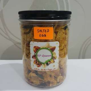 Homemade Salted Egg Cornflakes with Salted Peanut (Light Spicy) 240gm