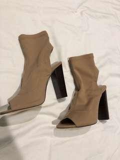 Billini size 7 heels