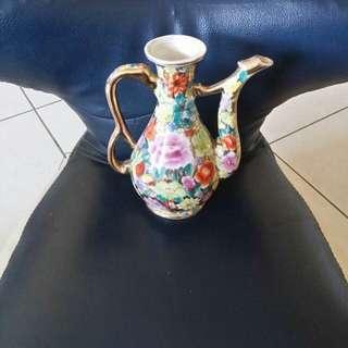🚚 經典茶壼