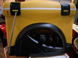 冰桶收音機