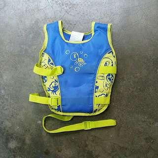 Aerial Swimming Aid Vest