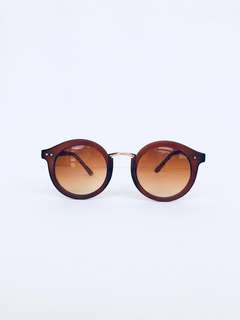 Brown Round Framed Sunglasses
