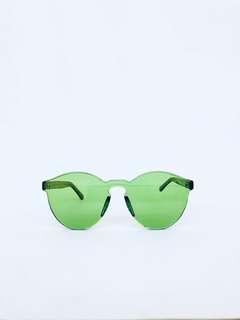 Trendy Green Wayfarers