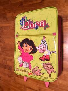 Dora Suitcase cabin size with wheels