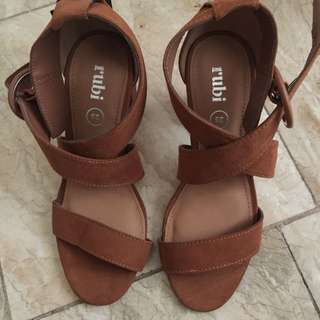 Size 5 Brand New Sandals