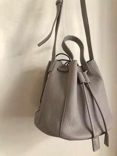 Grey shoulder bag 灰色水桶袋