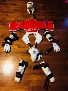 Taekwondo sparring equipment for kid