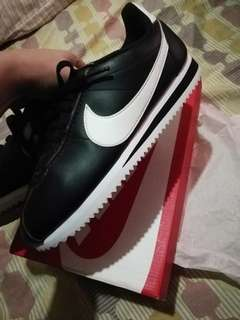 NIKE CORTEZ (NO MORE LP)