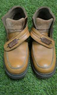 Sepatu watchout leather original