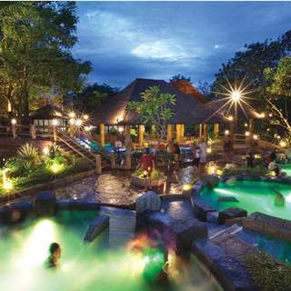 Lost World Hot Springs and Spa by Night