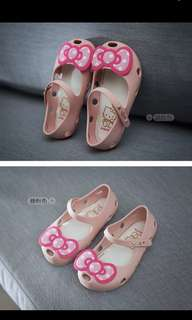 Hello Kitty Jelly Shoes [pre-order]