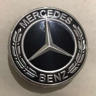 All Black Wreath 75mm Mercedes Wheel Cap