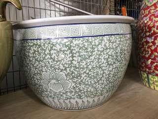 Porcelain big jar