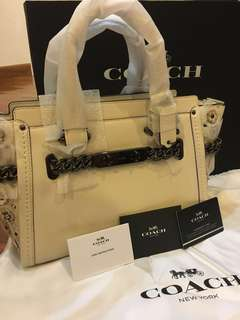 Authentic Coach Swagger 27 in glovetanned leather with willow floral