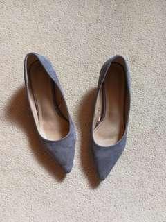 Parisian Gray Heels (Preloved)