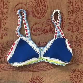 G6 bikini top