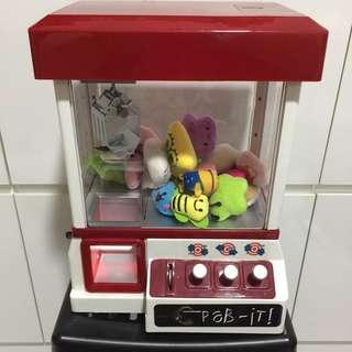 Mini arcade doll catcher candy grabber toy machine