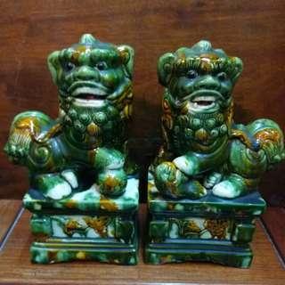舊陶瓷 ~ 三彩獅子一對