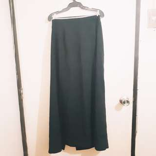 | REPRICED | Long Maxi Skirt With Slit