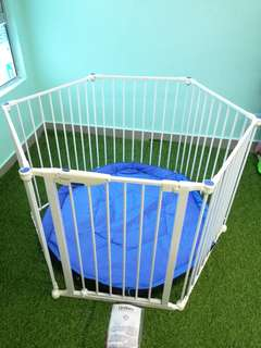 Lindam 6 panels playpen