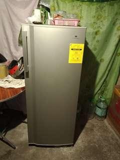 Refregirator for sale