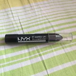 NYX Vamped Up Allumeuse Black Lip Top Coat