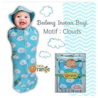 SWADDLE WITH ZIP (CLOUD DESIGN)