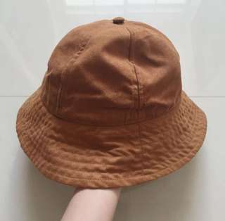 H&M loves Coachella safari suede bucket hat in Camel brown