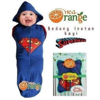 SWADDLE WITH ZIP (SUPERMAN DESIGN)