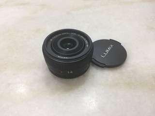 Panasonic Lumix 14mm f2.5 pancake lens