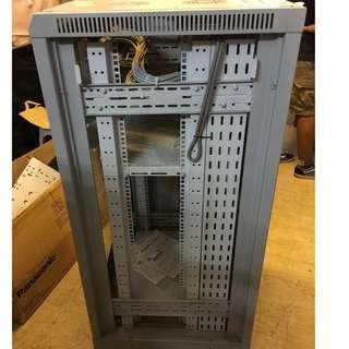 24 u server rack