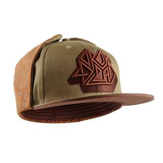"""Drop dead """"crossing the lines fitted cap"""""""