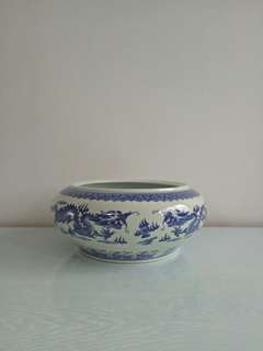 Old Porcelain Height 11cm Diameter 18cm perfect condition