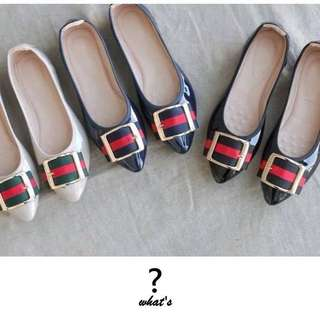 🚚 Korea👞時尚漆面方釦平底包鞋