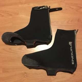 Endura Neoprene over sock for cycle shoes